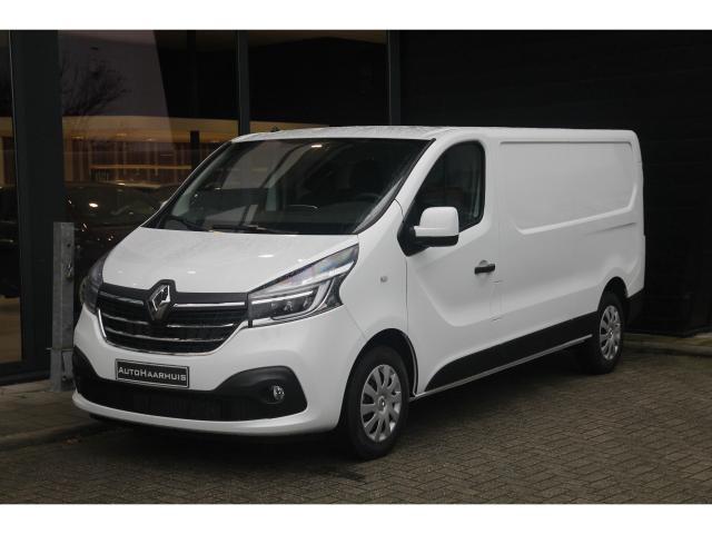 renault new trafic